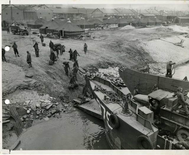 Seabees at Incheon Harbor, Korea